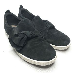 Earth Brand Date Shoe Slip On Leather Black Bow
